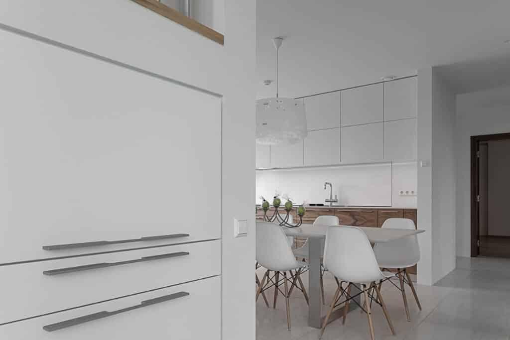 Valge köögimööbel