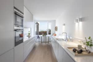 Valge köögimööbel Norra