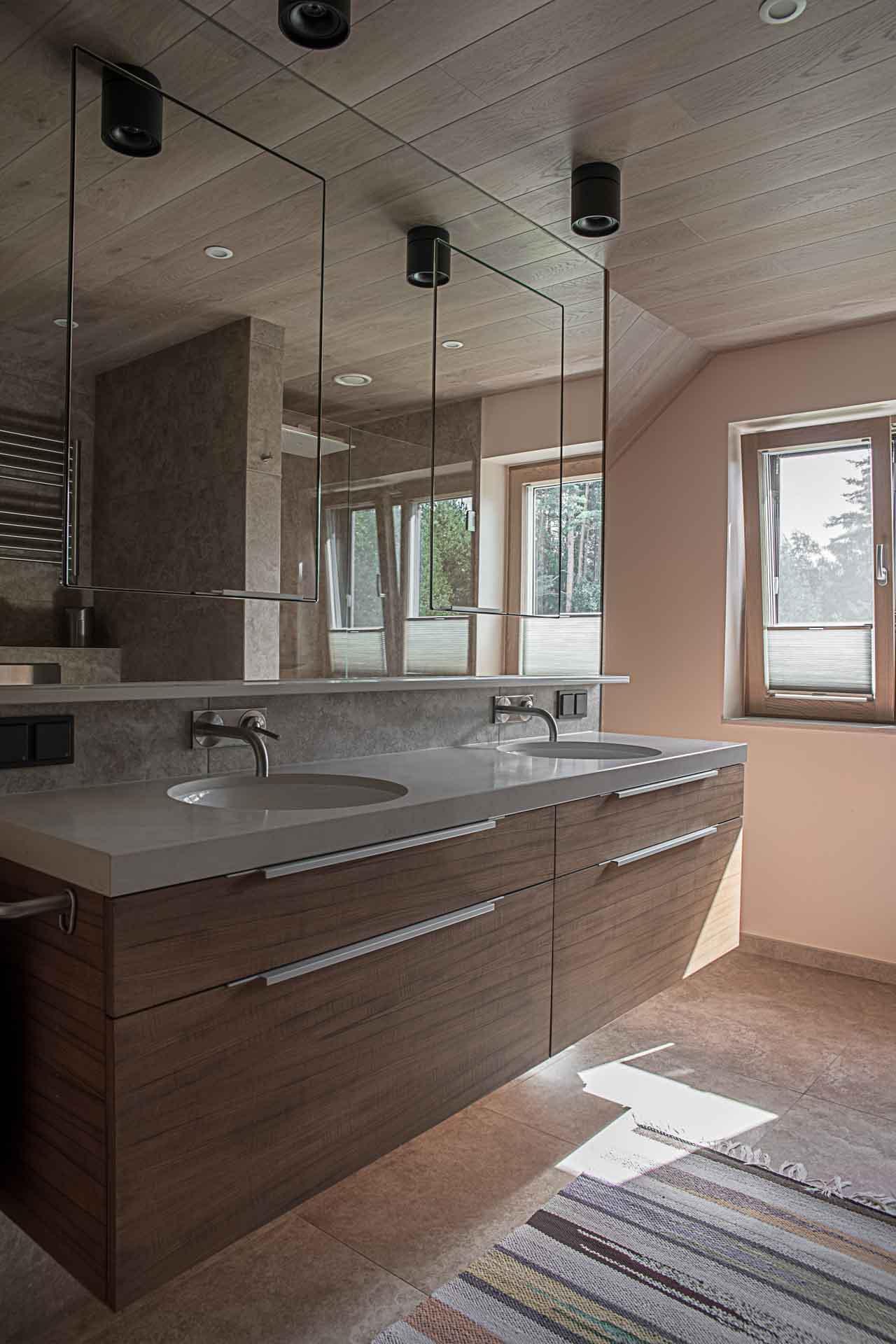 Custom made furniture bathroom