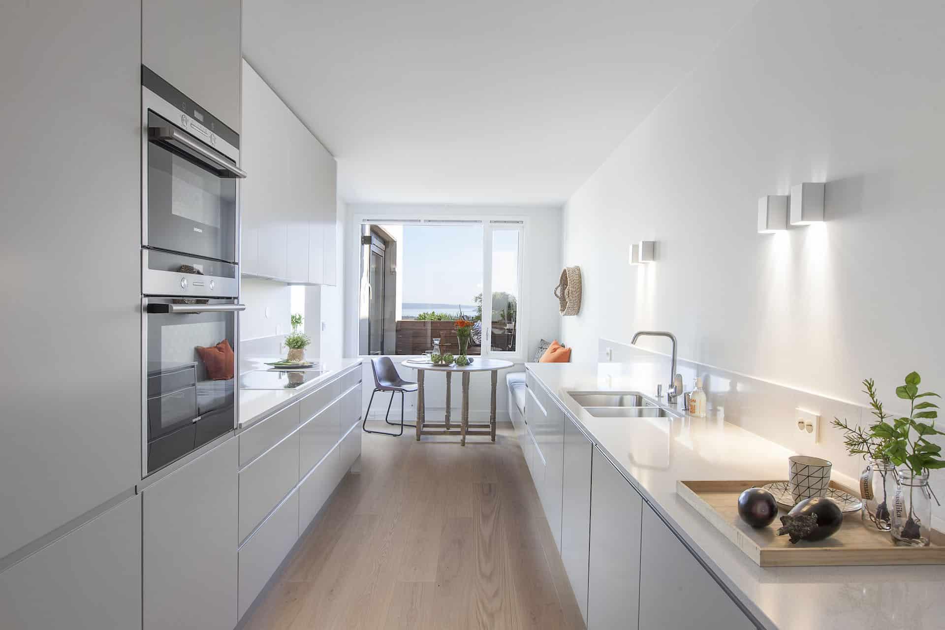 Light kitchen furniture